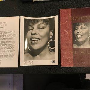 Roberta Flack Set The Night To Music Press Kit
